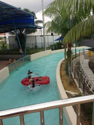 danga park singapore rafting river