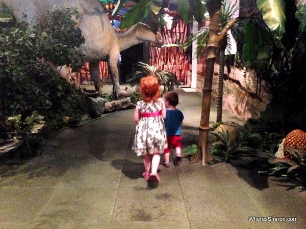 Big dinosaur in Museo Infantil Trampolin
