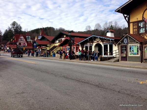Helen Ga Christmas.Christmas Celebrations In Helen Ga Family Travel Blog