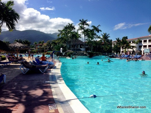 Massive pool at the Grand Marien all inclusive costa dorada