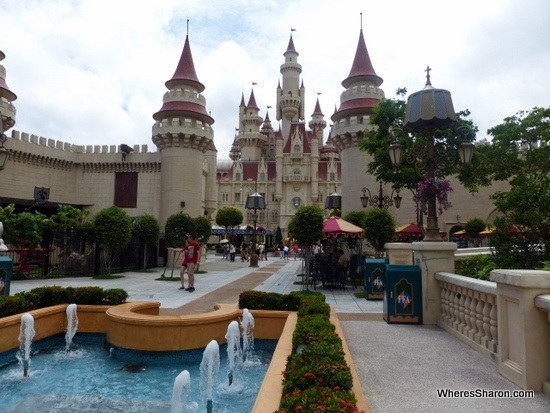 far far away at Universal Studios Singapore review