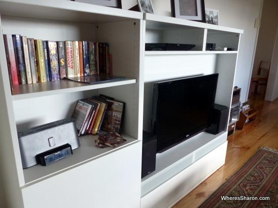 entertainment unit in airbnb house bendigo