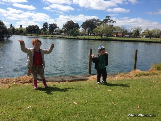 Lake Weeroona with kids
