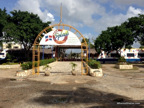 Agua Caribe Splash Santo Domingo entry