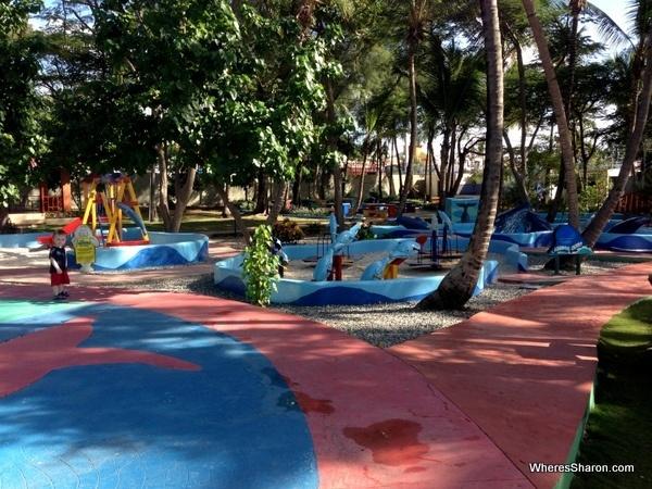 playground at Santo Domingo National Aquarium
