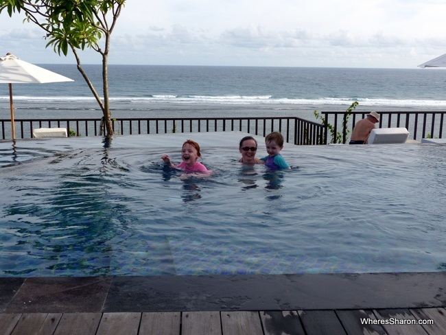 Sanabe bali suites and villas infinity pool