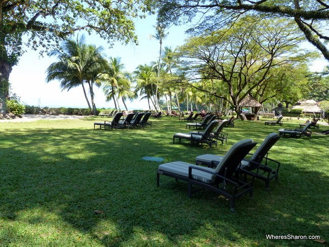 gardens at Shangri-La's Rasa Sayang Resort and Spa