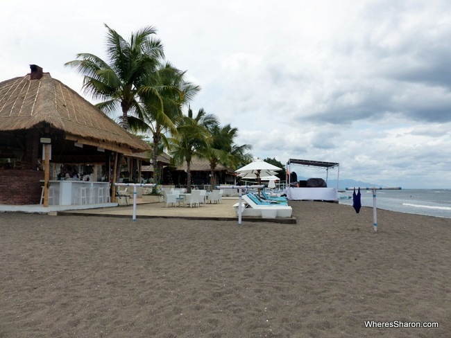 Spice Beach Club in Lovina