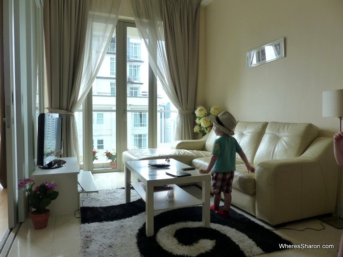 airbnb kl apartment lounge