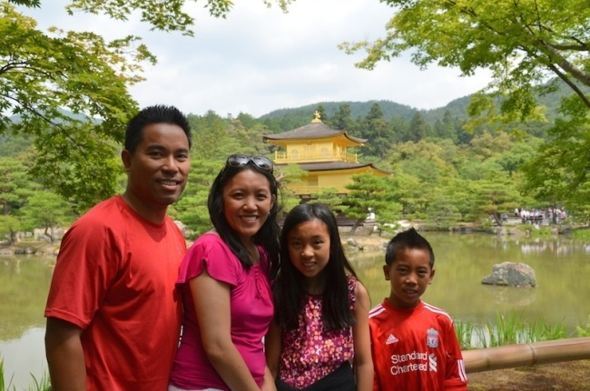 Golden-pavilion-Kyoto-with-kids