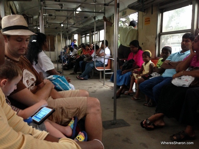 train kalutara to colombo