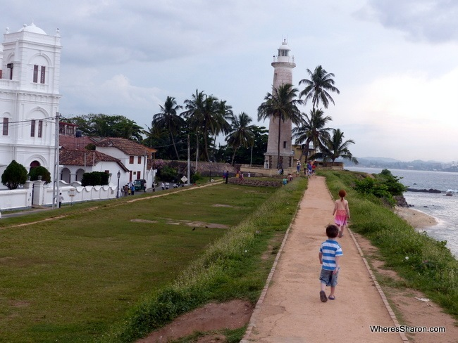 Point Utrecht Bastion lighthouse things to see in galle