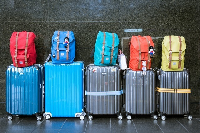 Reviews of the Best Luggage 2017 - Family Travel Blog - Travel ...