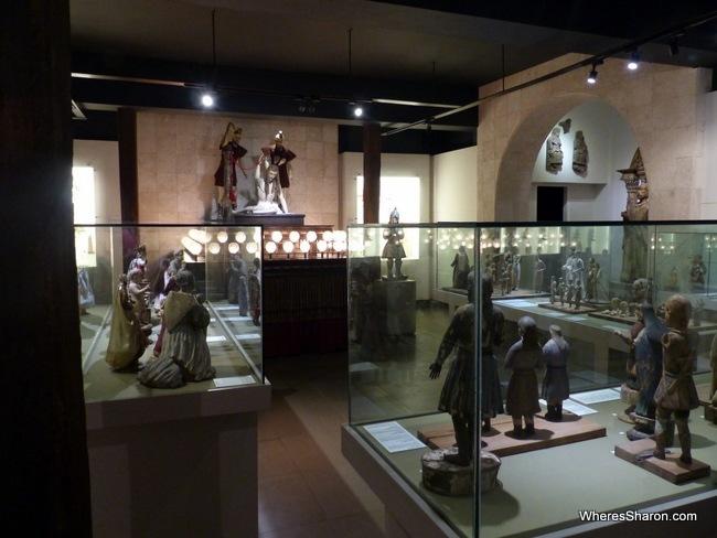 cebu things to do and see at University of San Carlos Museum
