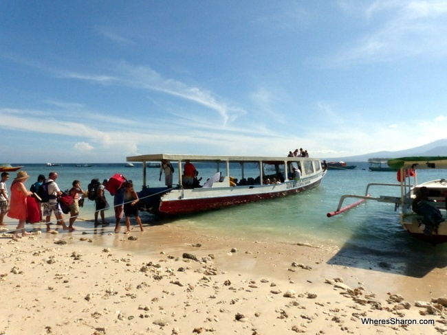 what to do in Gili Islands island hopping boat