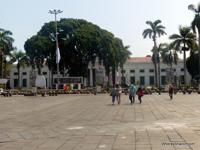 things to do near jakarta