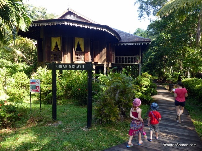 what to do in kuching sarawak Cultural Village