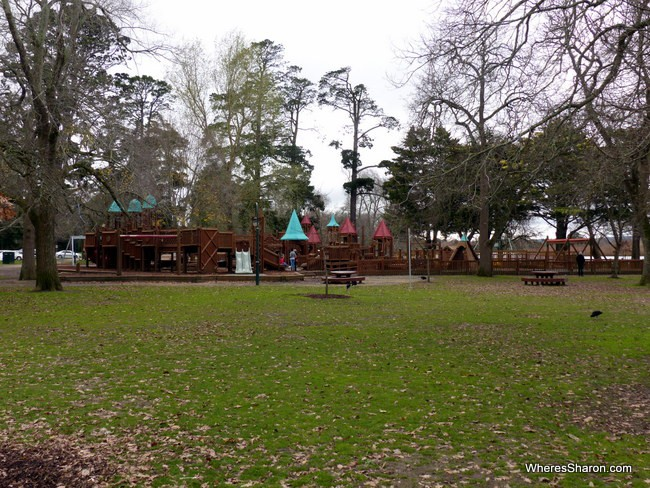 things for kids to do in ballarat at Lake Wendouree