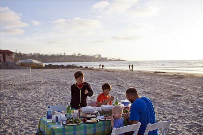 La Jolla Shores beach picnic
