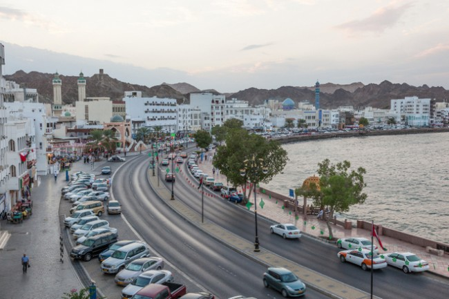 famous places in muscat at corniche