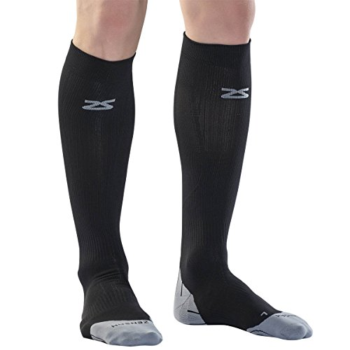how to choose compression socks for travel