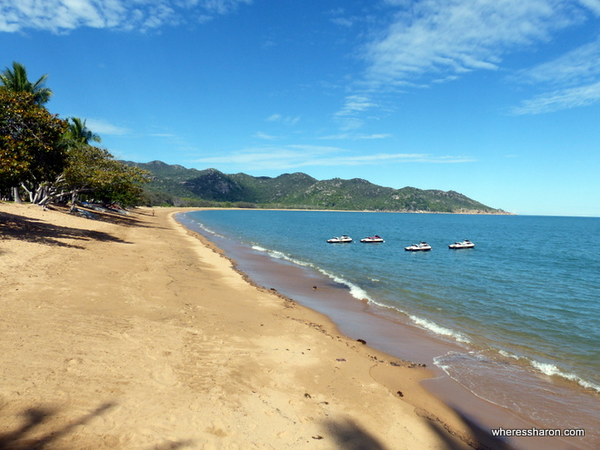 things to do on magnetic island qld at Horseshoe Bay