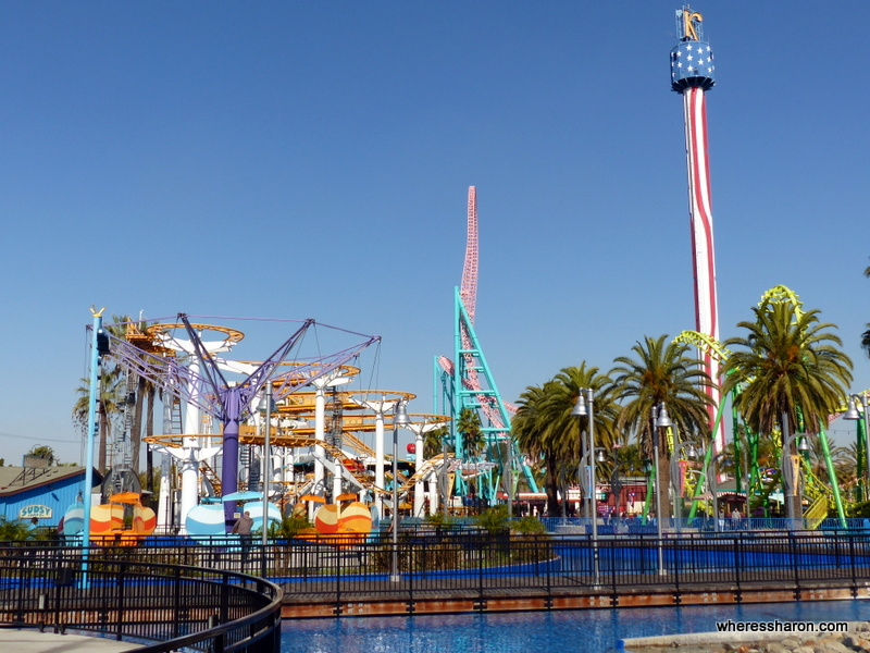 things to do in la for families at Knotts berry farm