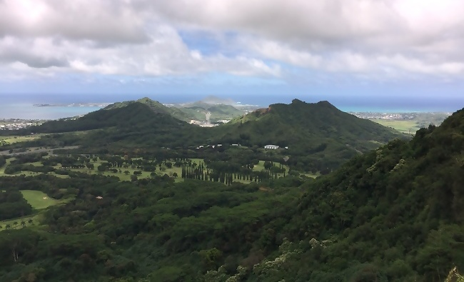 View from Pali Lookout oahu kid friendly activities