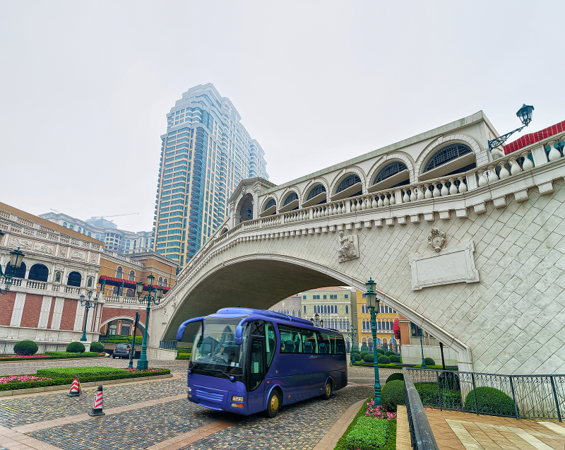 buses in the Cotai Strip