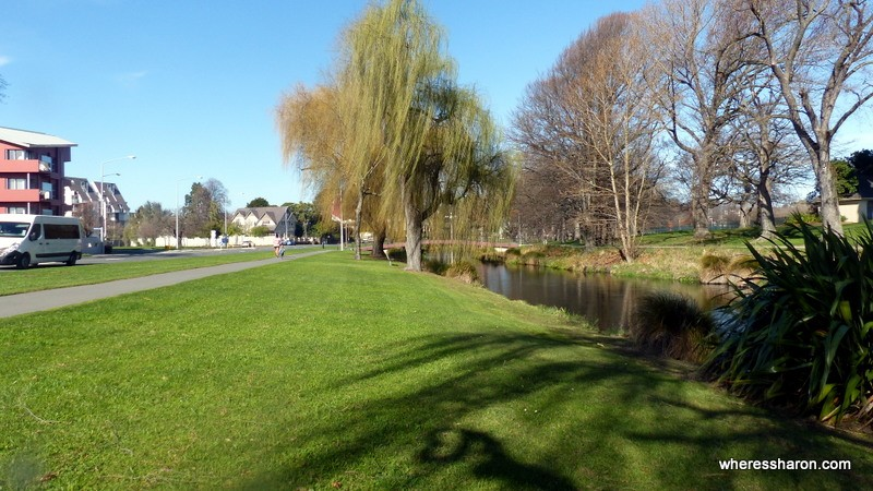 things to do near christchurch at Avon River